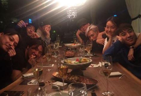【BIGBANGインスタ和訳】YGヤン社長宅でホームパーティーetc