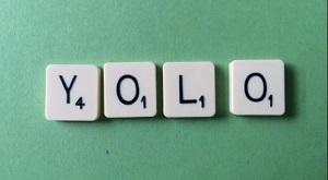 韓国の新しいトレンド「Yolo(ヨロ) : You only live once」