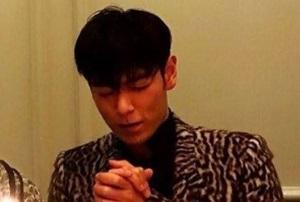 BIGBANG TOPの誕生日にお母さんが写真をアップしバッシングされている件